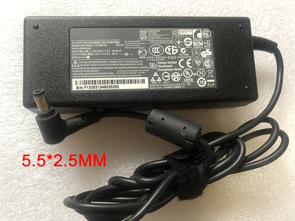 Notebook Adapter PA-1900-24