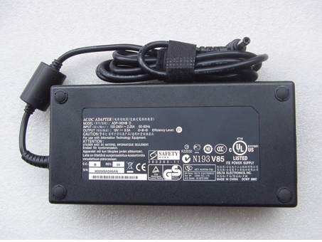 Notebook Adapter FA180PM111